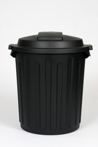 WILLOW 60L DOME BIN BLACK